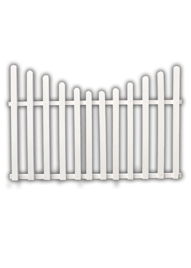 Curved fence